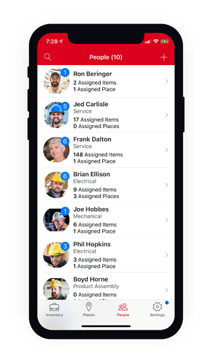 screenshot-of-people-management-on-mobile